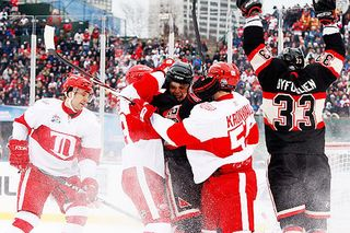 Redwings hawks winter classic